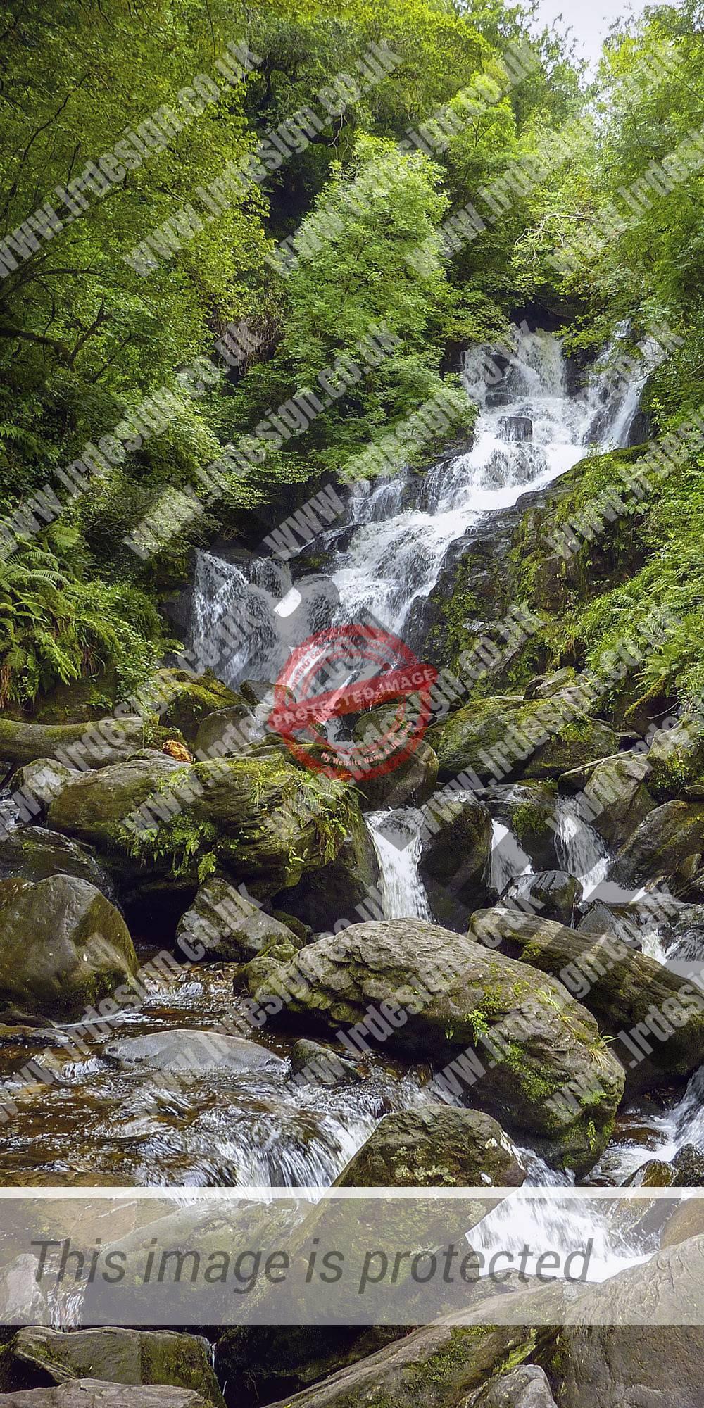 Lush green waterfall.