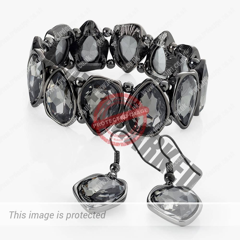 Hematite bracelet and earrings set.