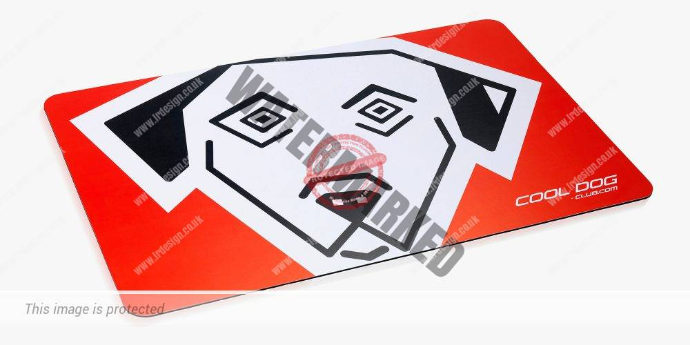 Pet brand cooldog-club.com food mat.