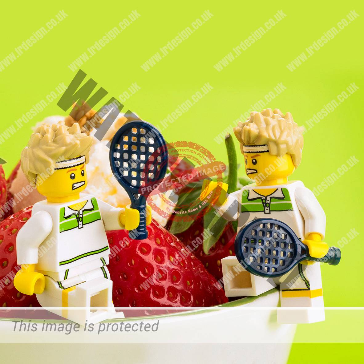 Lego characters playing tennis.